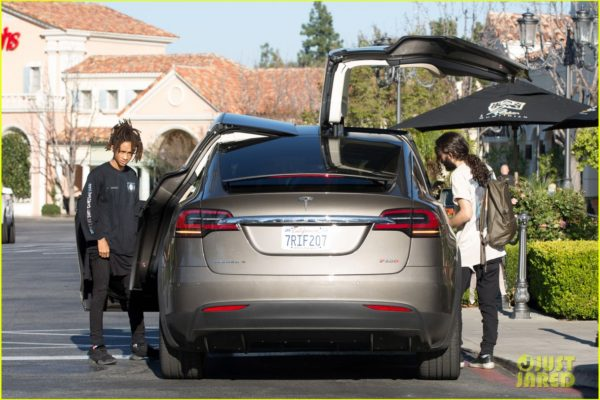 jaden-smith-goes-out-with-pals-in-tesla-06