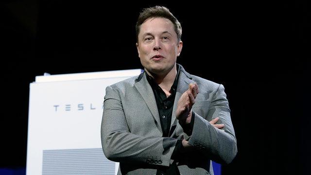 """Tesla rimane """"pubblica"""""""